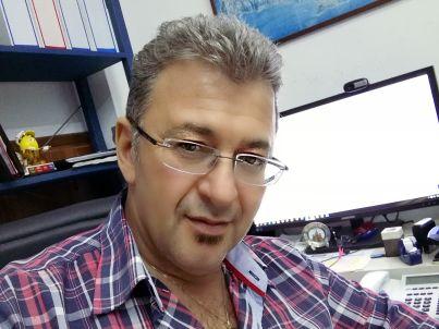 Ihr Gastgeber Adonis Papadakis