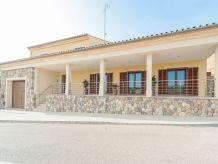 Villa Es Trast