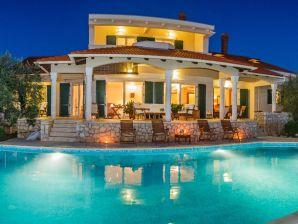 Villa Gantz 32
