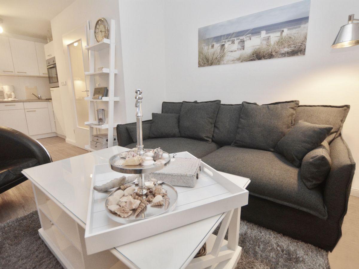 bungalow deichstern b sum firma holmer dreessen gmbh frau walzer. Black Bedroom Furniture Sets. Home Design Ideas