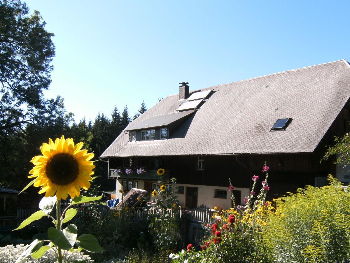 Bauernhof ober kaltenbronnhof ferienland im schwarzwald for Haus mit garten