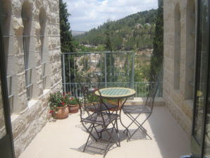 ferienwohnungen ferienh user in jerusalem mieten urlaub in jerusalem. Black Bedroom Furniture Sets. Home Design Ideas