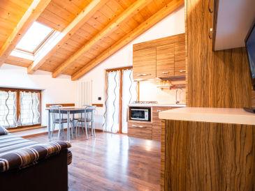Holiday apartment wonderful new apartment at Ledro lake