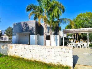 Ferienhaus Villa Giusi mit Garten