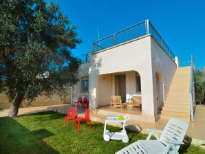Holiday house Villa Mina with garden