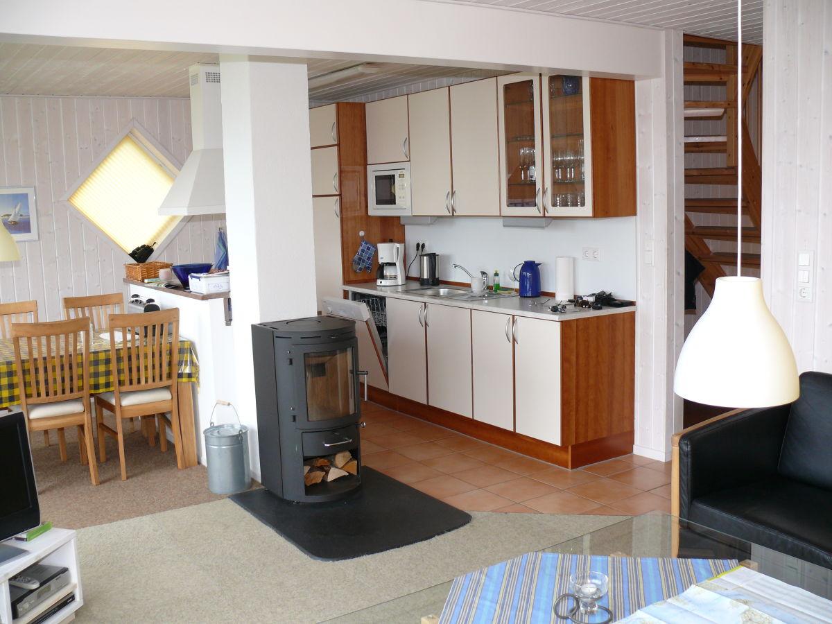 ferienhaus direkt am strand der ostsee ostsee schleswig holstein flensburg frau schneider. Black Bedroom Furniture Sets. Home Design Ideas