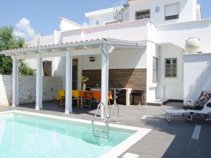 Ferienhaus Villa Maria mit Pool