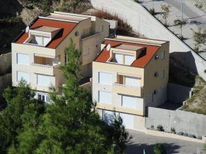 Villa Astra & Pinija Studio