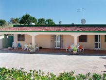Ferienhaus Villa Elvira mit Garten