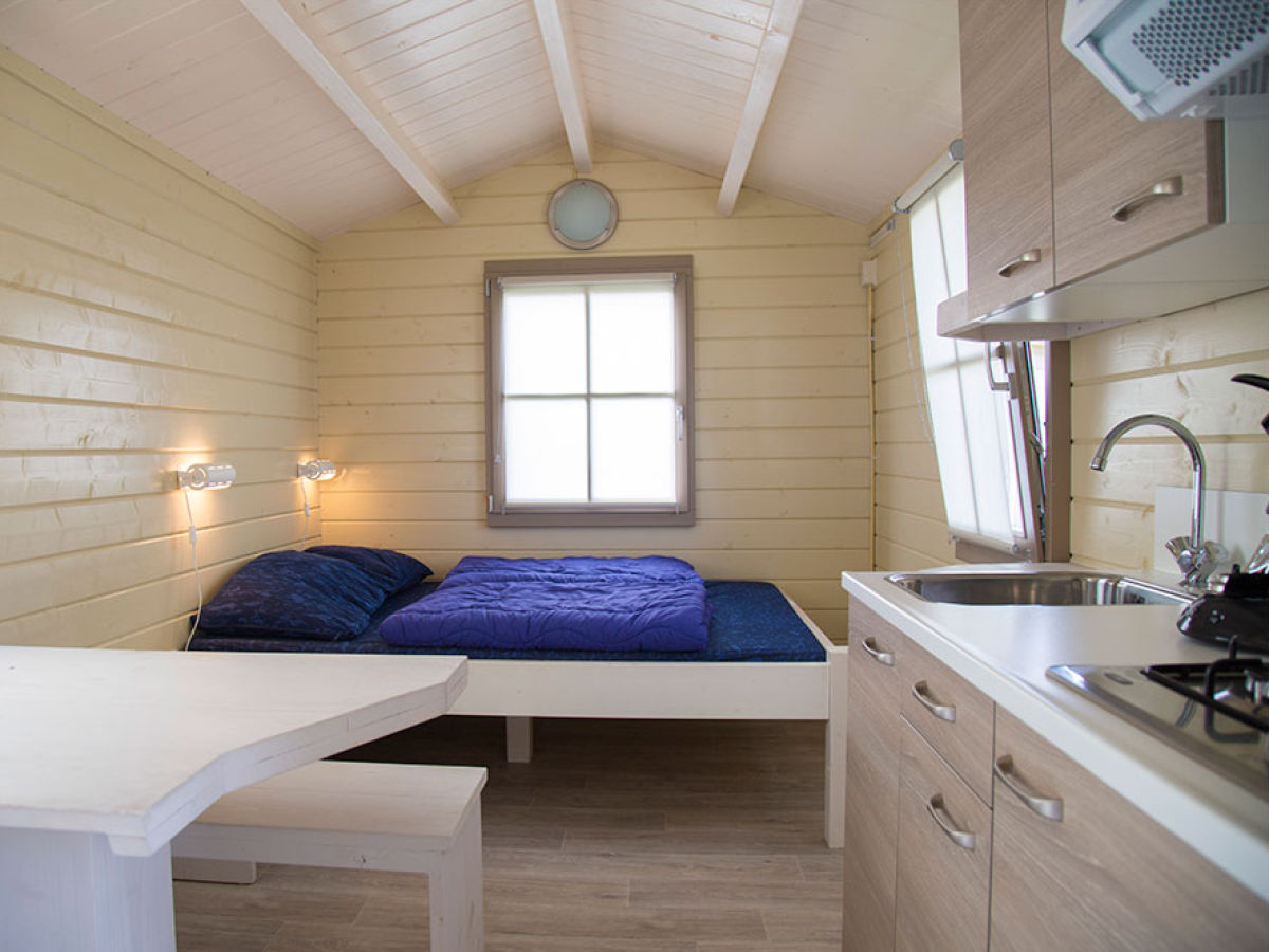 ferienwohnung luxe hutte zeeland nieuwvliet firma camping zonneweelde frau m basting. Black Bedroom Furniture Sets. Home Design Ideas