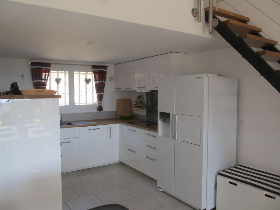 Küche Mit Amerikanischem Kühlschrank ~ Die beste Sammlung von ...