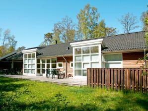 Ferienhaus Hasle, Haus-Nr: 23877