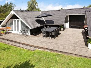 Ferienhaus Knebel, Haus-Nr: 28309