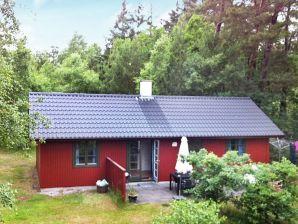 Ferienhaus Nexø, Haus-Nr: 30131
