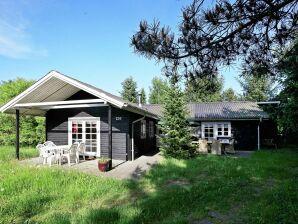 Ferienhaus Fårvang, Haus-Nr: 19685