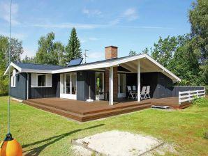 Ferienhaus Højslev, Haus-Nr: 13225
