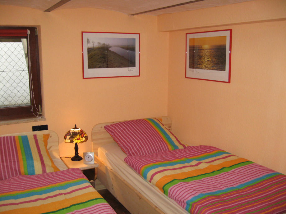 Schlafraum mit 2 Betten