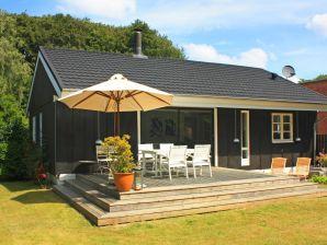 Ferienhaus Dronningmølle, Haus-Nr: 37330