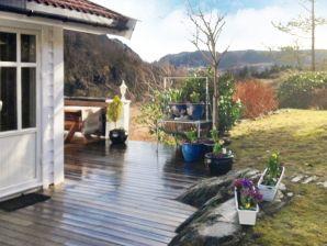 Ferienhaus Bergen, Haus-Nr: 28930