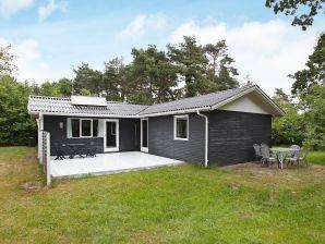 Ferienhaus Knebel, Haus-Nr: 38934