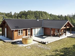 Ferienhaus Hadsund, Haus-Nr: 37880
