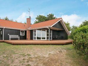 Ferienhaus Knebel, Haus-Nr: 38445