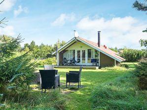 Ferienhaus Strandby, Haus-Nr: 12470