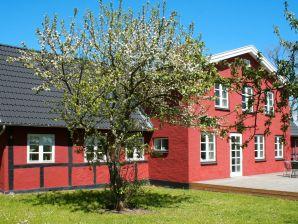 Ferienhaus Nexø, Haus-Nr: 33107