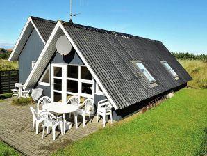 Ferienhaus Henne, Haus-Nr: 38427