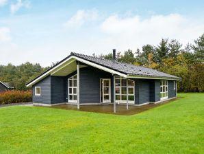 Ferienhaus Hovborg, Haus-Nr: 37905