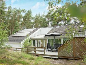 Ferienhaus Nexø, Haus-Nr: 31358