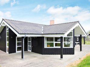 Ferienhaus Hirtshals, Haus-Nr: 35591