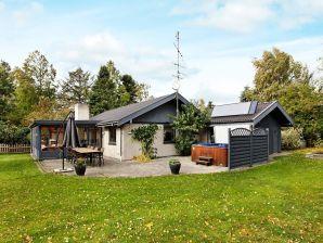 Ferienhaus Væggerløse, Haus-Nr: 26426