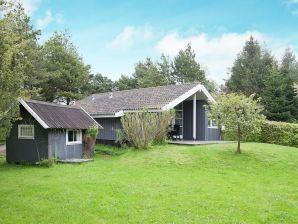 Ferienhaus Askeby, Haus-Nr: 15085