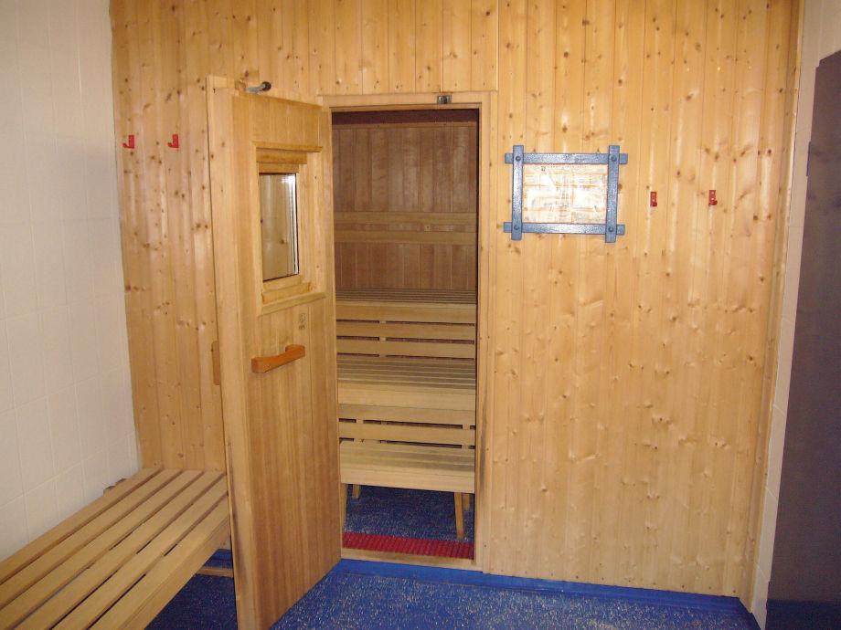 ferienwohnung ferienapart wohnung haarhoff sauerland m hnesee warstein krs soest frau. Black Bedroom Furniture Sets. Home Design Ideas