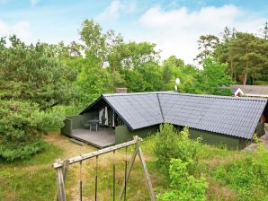 Ferienhaus Aakirkeby, Haus-Nr: 35239