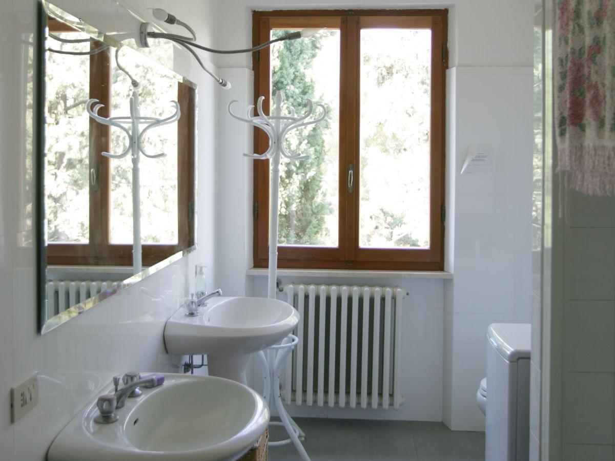 ferienhaus fontanella alta toscana herr jean patrice hofner. Black Bedroom Furniture Sets. Home Design Ideas