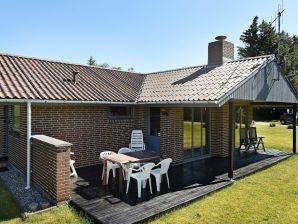 Ferienhaus Henne, Haus-Nr: 74453