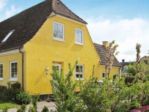 Ferienhaus Bandholm, Haus-Nr: 66293