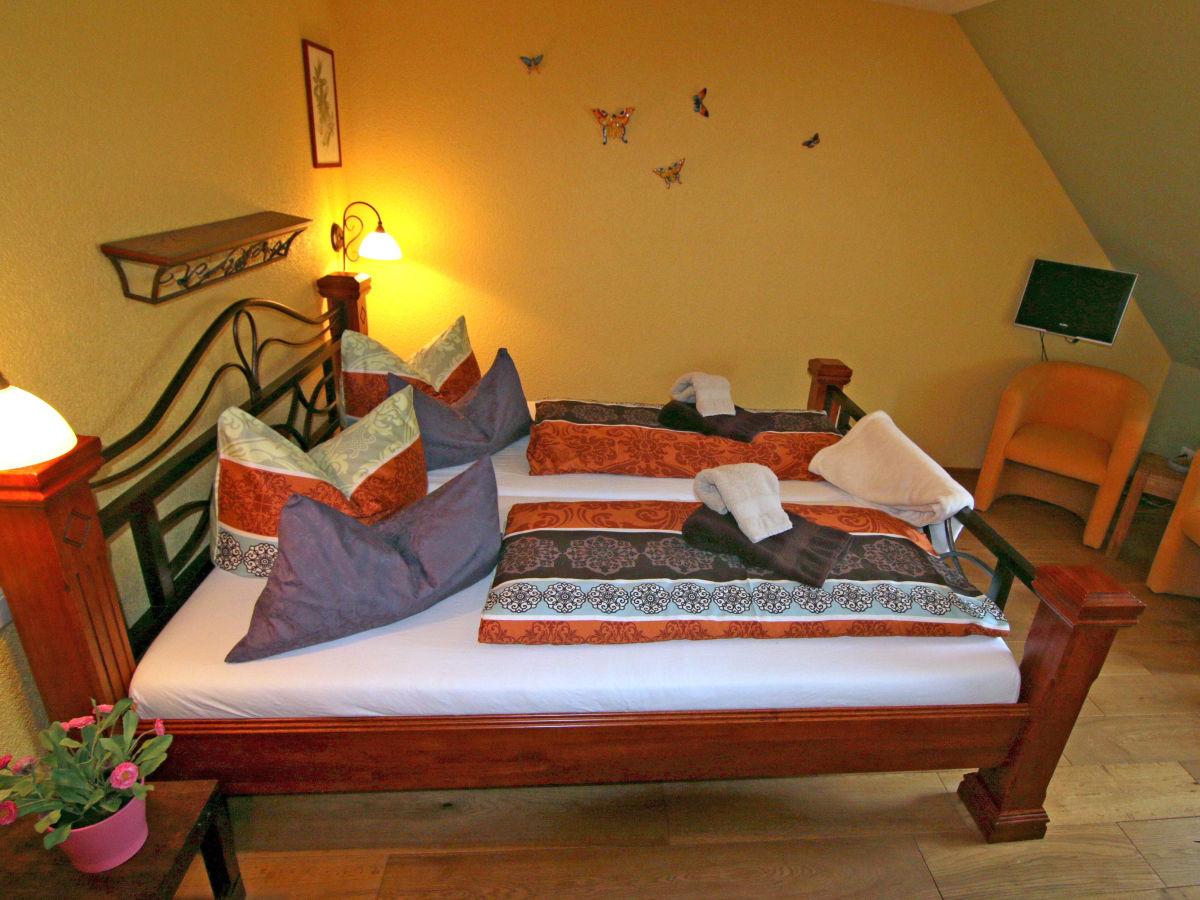alte weinbauschule cochem apartment dornfelder deutschland rheinland pfalz mosel cochem. Black Bedroom Furniture Sets. Home Design Ideas