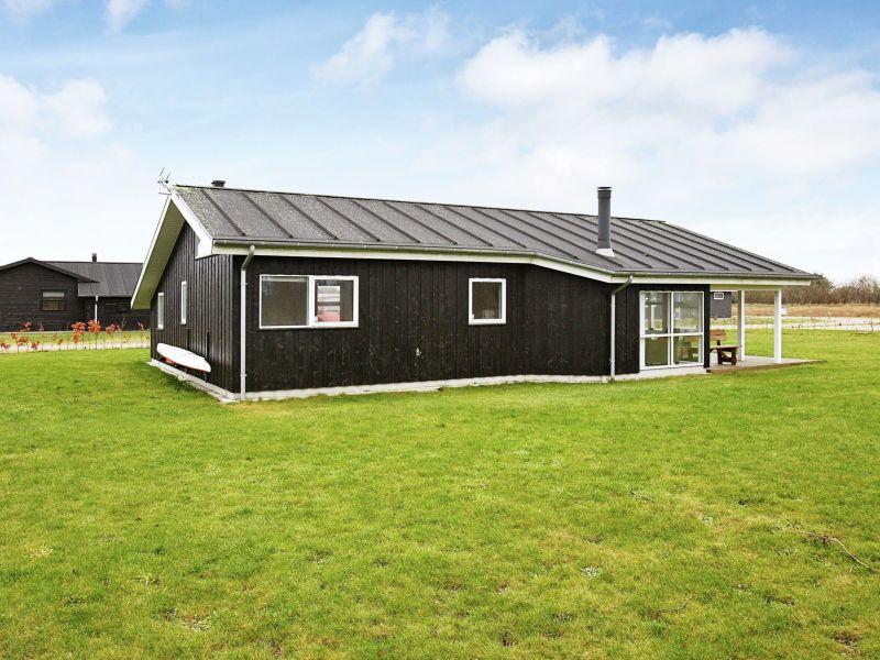 Ferienhaus Hadsund, Haus-Nr: 77067