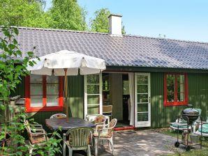 Ferienhaus Nexø, Haus-Nr: 92959