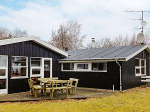 Ferienhaus Ørsted, Haus-Nr: 67858