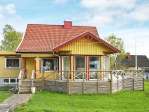Ferienhaus Ytterby, Haus-Nr: 92883