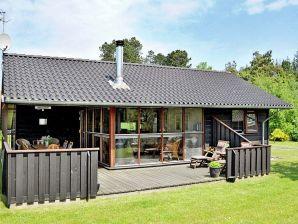 Ferienhaus Knebel, Haus-Nr: 77199