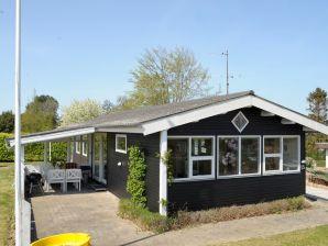 Ferienhaus Hejls, Haus-Nr: 27591