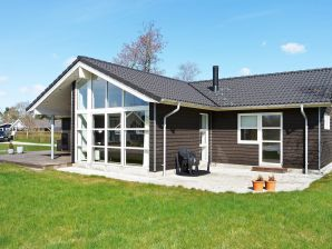 Ferienhaus Hadsund, Haus-Nr: 62329