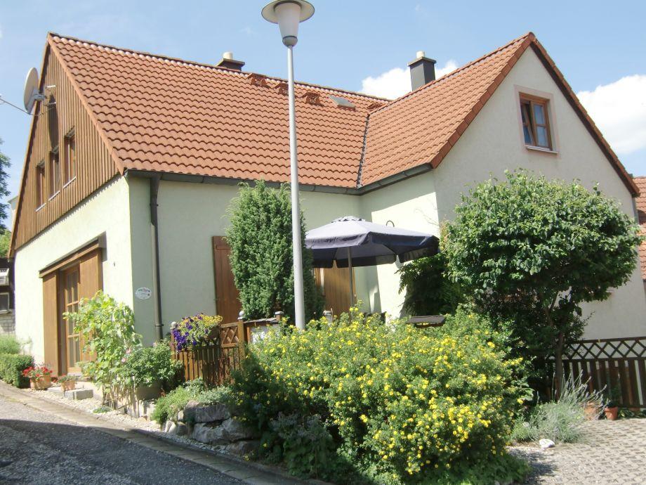 Königsteiner Landhaus mit Ferienwohnung im DG