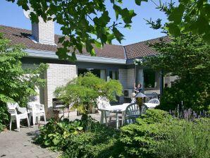Ferienhaus Gilleleje, Haus-Nr: 23527