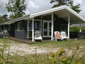 Ferienhaus Nexø, Haus-Nr: 28306